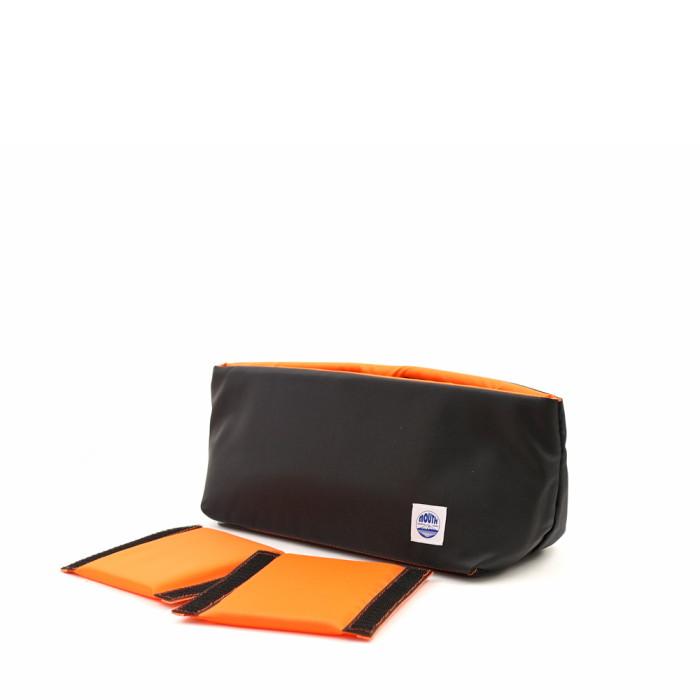 デリシャスケースblack/orange